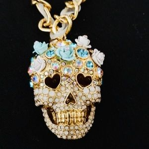 New Betsey Johnson  Skulls and Roses Head Necklace